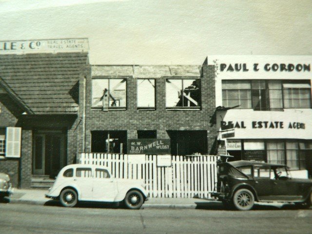 Berangie Chambers under construction in Eastwood (1956)